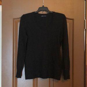 GAP luxe Vneck sweater, black, S